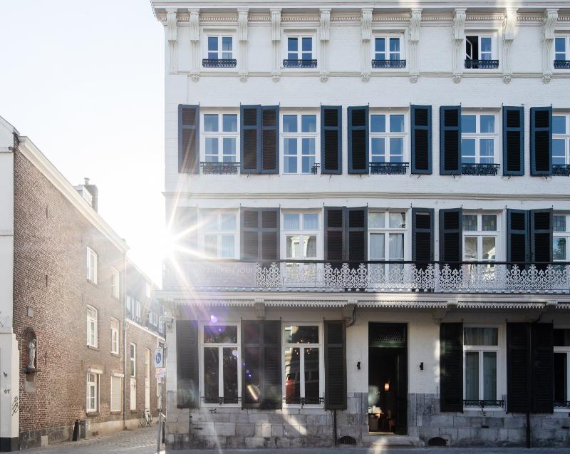Herbestemming hotel Monastère